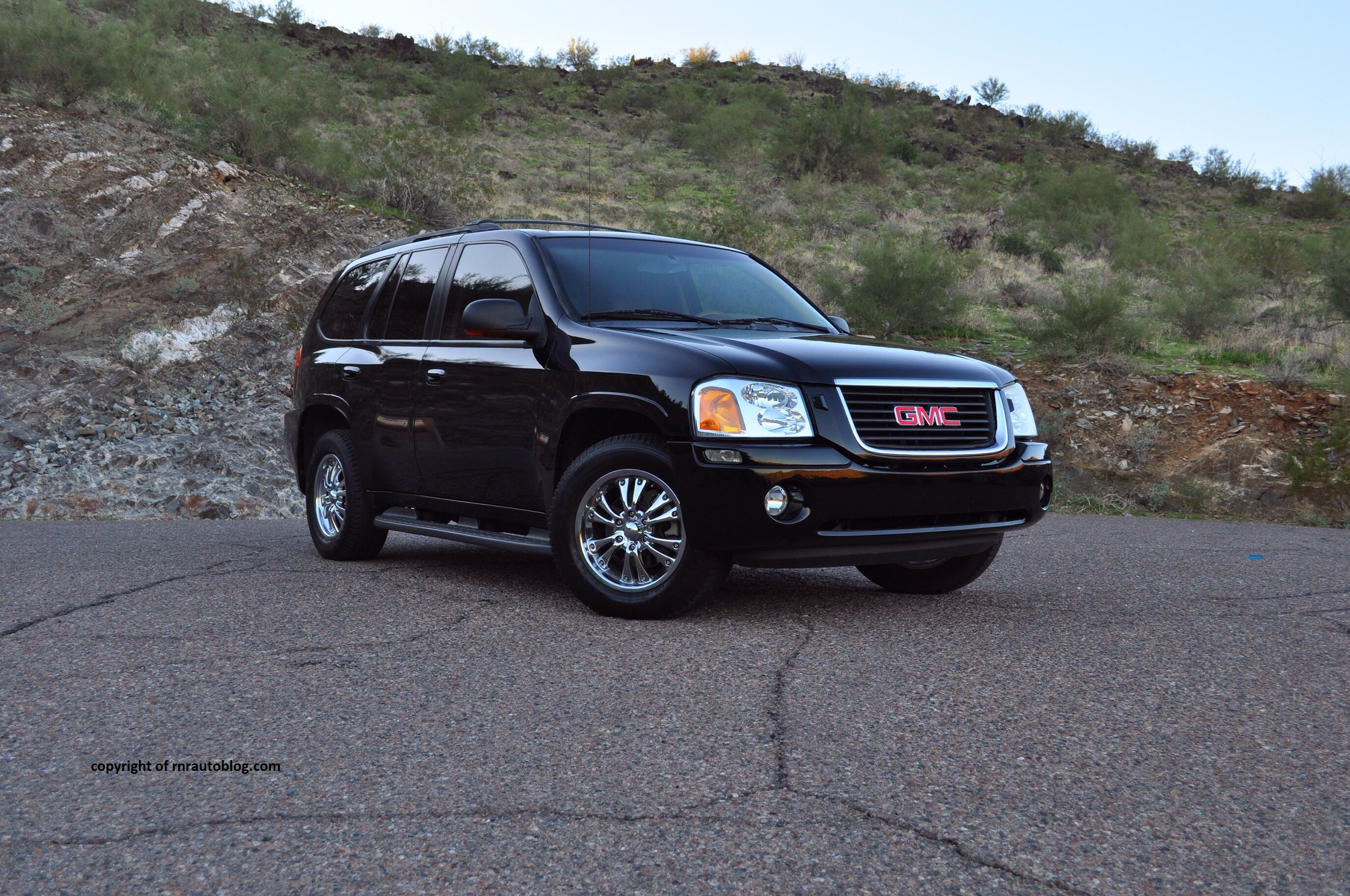 2003 gmc envoy slt review rnr automotive blog. Black Bedroom Furniture Sets. Home Design Ideas