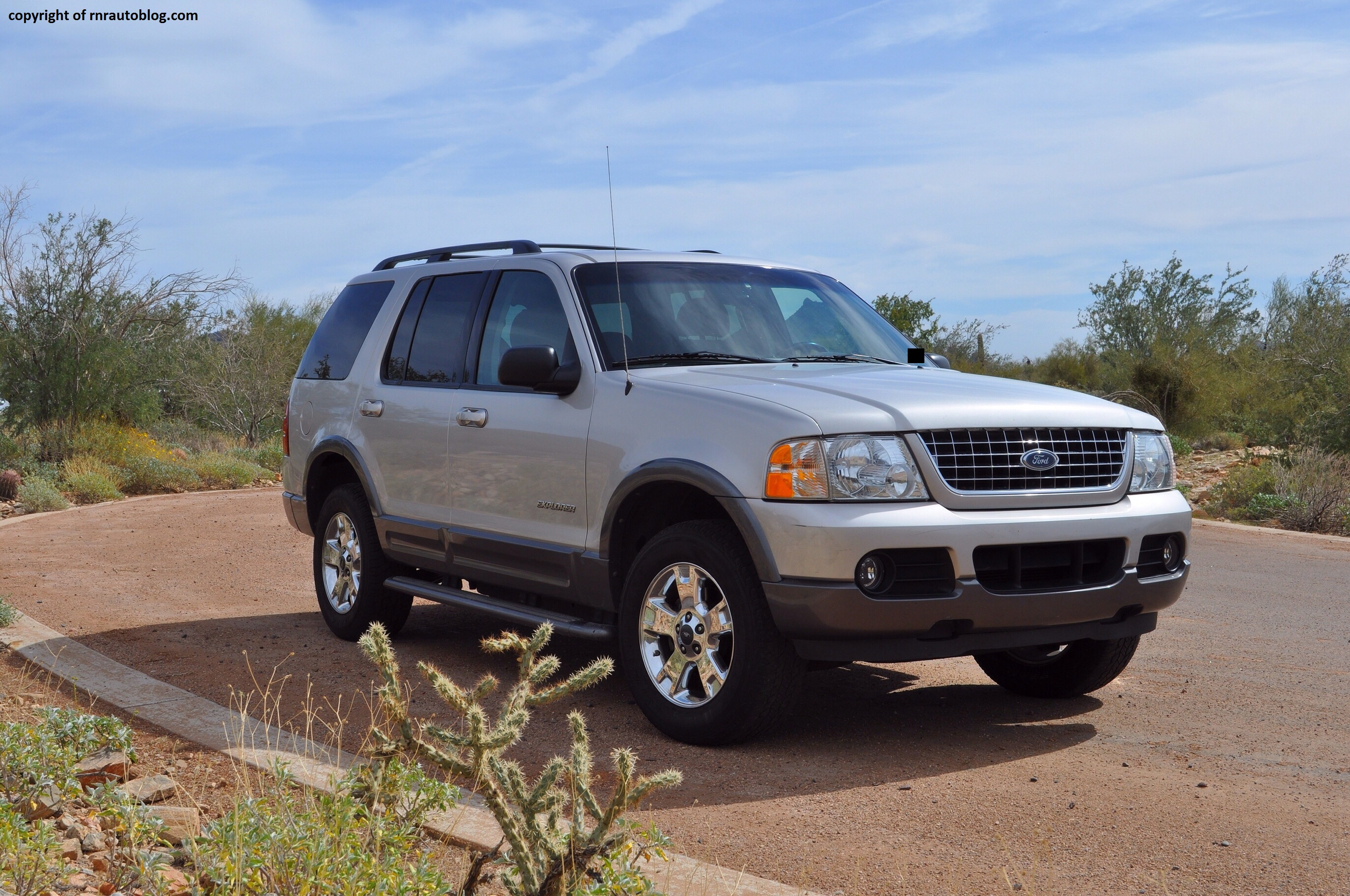 Black Ford Explorer >> 2004 Ford Explorer XLT Review | RNR Automotive Blog