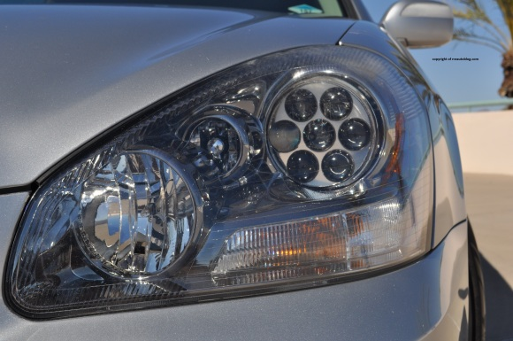 infiniti headlight