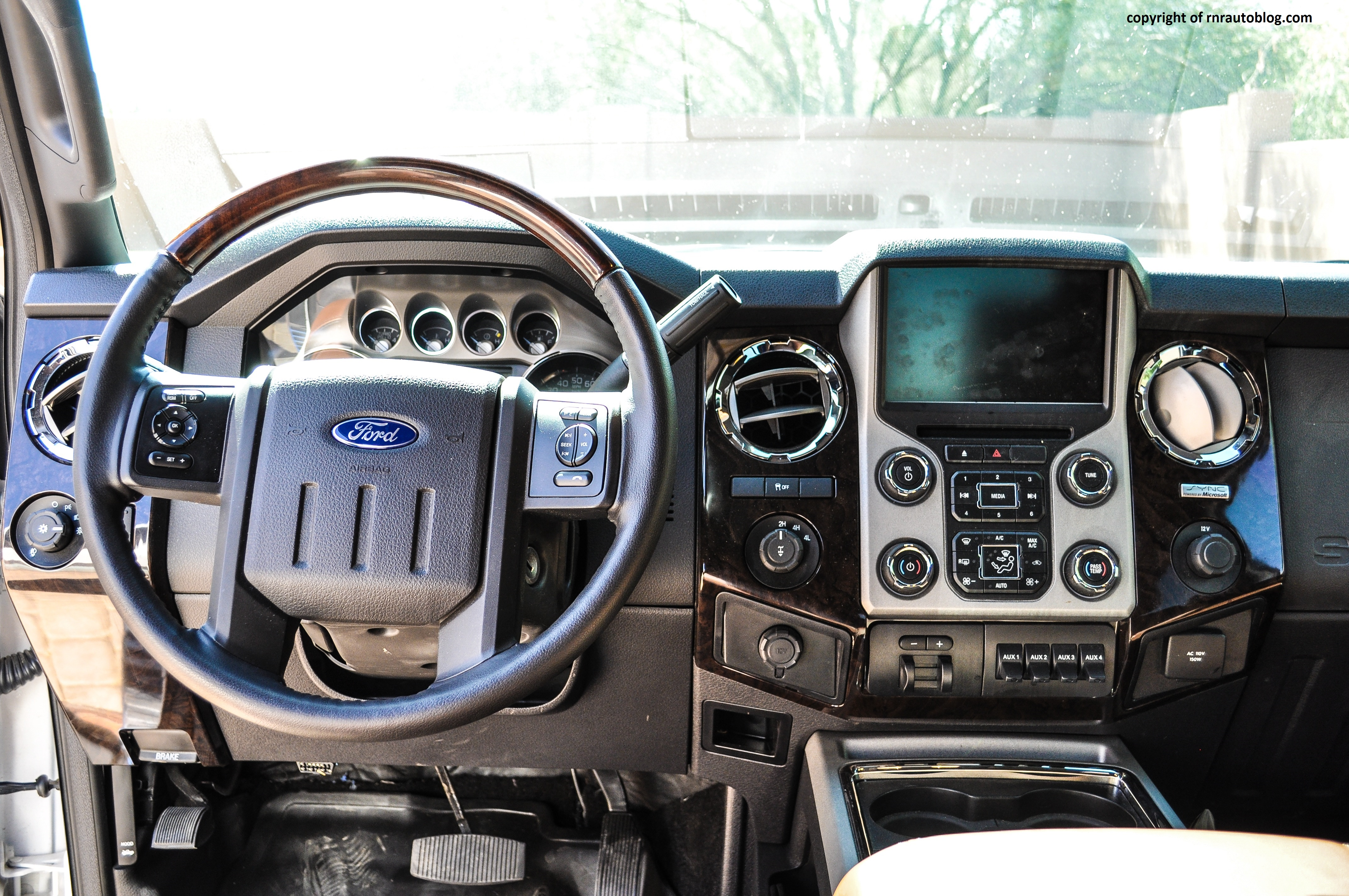 2014 Ford F 350 Platinum Review
