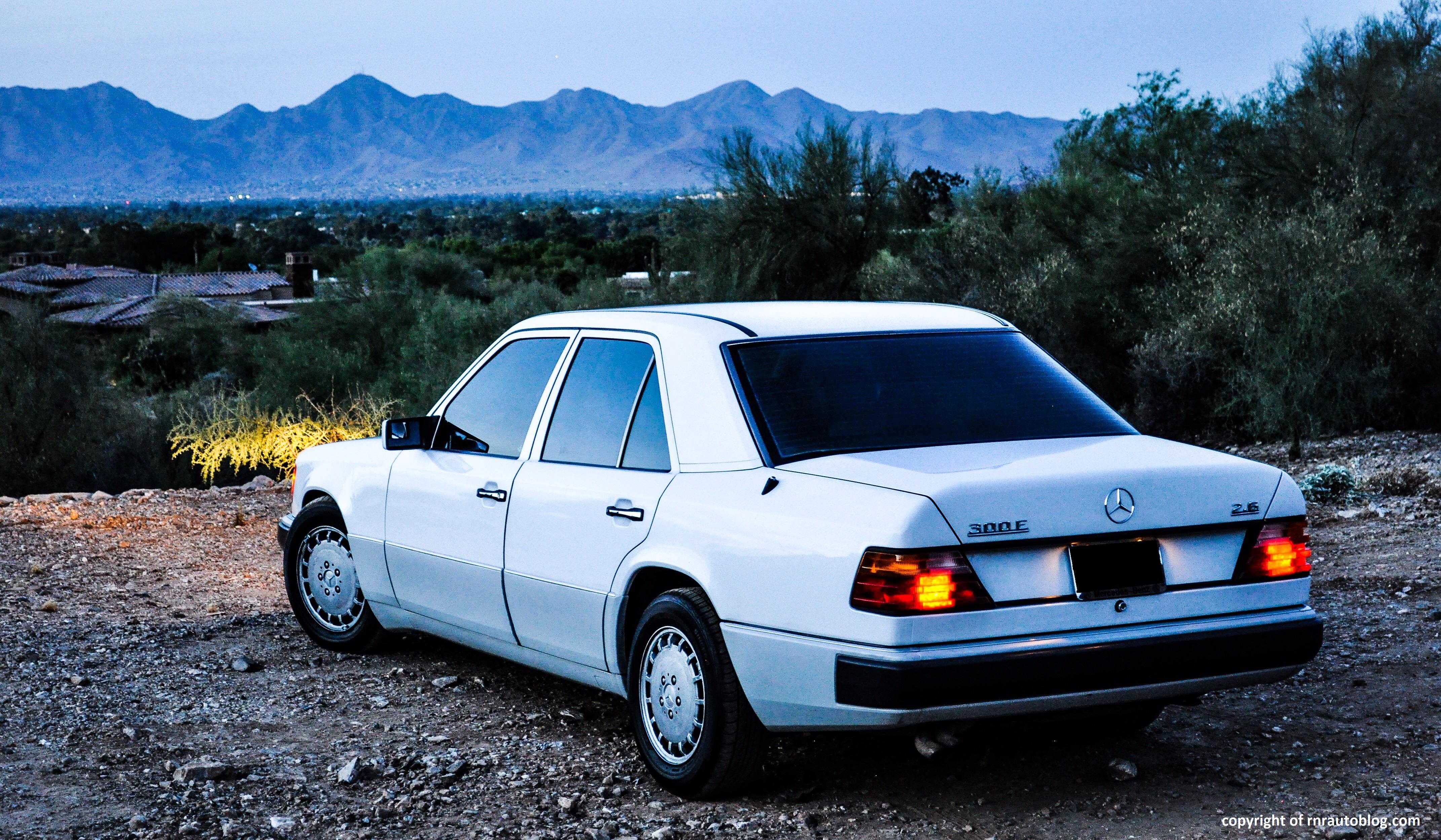 1990 MercedesBenz 300E 26 Review  RNR Automotive Blog