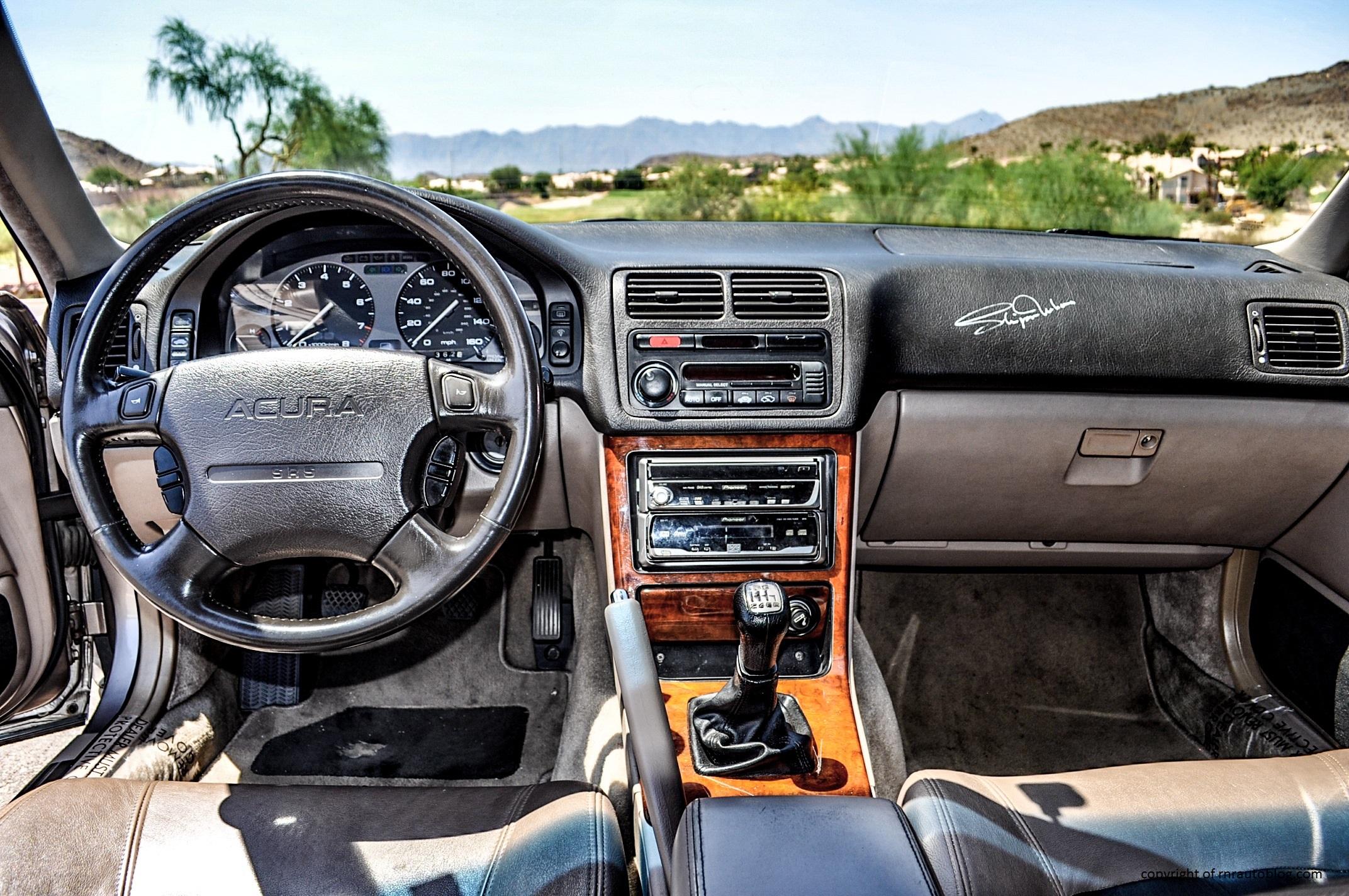 Legend Coupe Interior