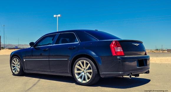 2006 Chrysler 300 SRT8 Review | RNR Automotive Blog