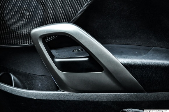 veloster door handle